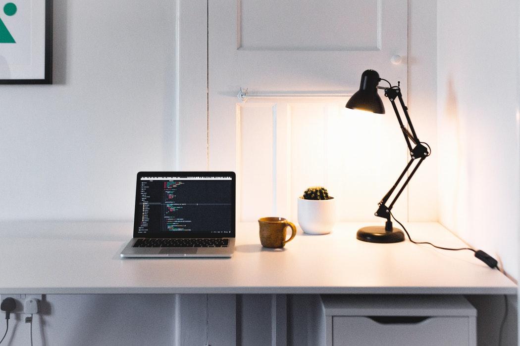 Los mejores organizadores de escritorio para aumentar tu productividad